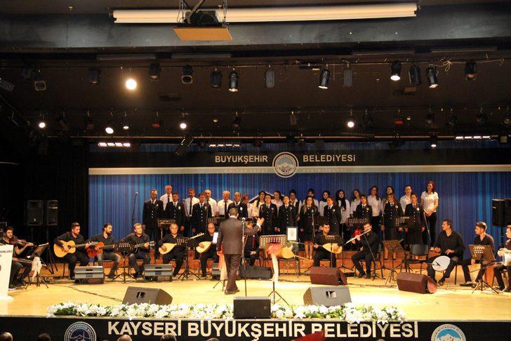 Kayseri polis korosundan 30 Ağustos konseri