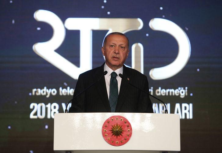 Erdoğan: Tüm fikirlerin temsil edildiği bir basın arzu ediyoruz