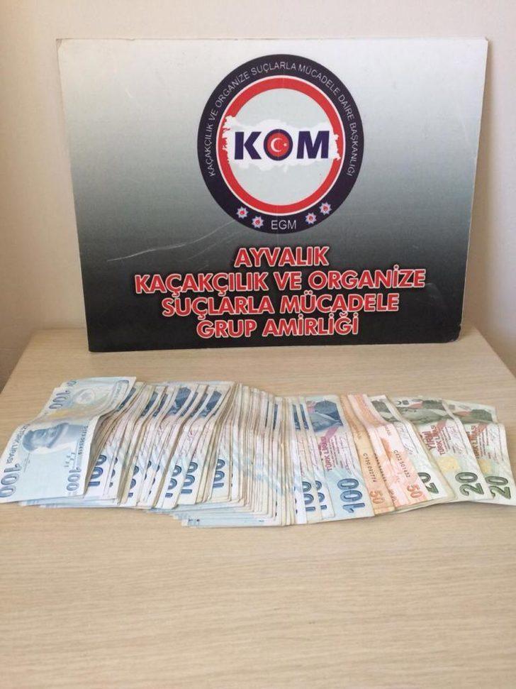 Kiraladıkları evde sahte paralarla yakalandılar