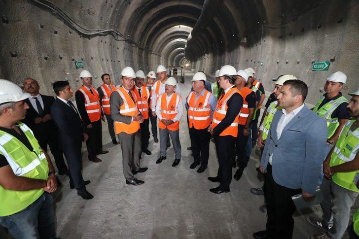 Vali Varol ve Milletvekilleri Karahocagil ile Çilez'den Badal Tüneli inşaatında inceleme