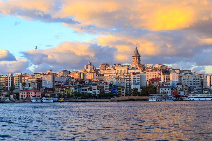 Psikolojik eşik geçilecek!İstanbul'a gelen turistin İstanbul nüfusunu geçecek