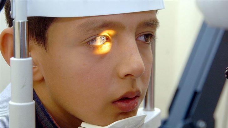 Sağlık Bakanı Fahrettin Koca belli dönemlerde çocuklarda göz taraması yapılacağını açıkladı