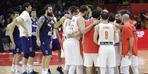 İspanya, Sırbistan'ı rahat geçti