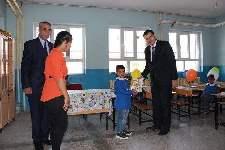 Saray'da il ders zili Kaymakam Aydın'ın katılımıyla çaldı