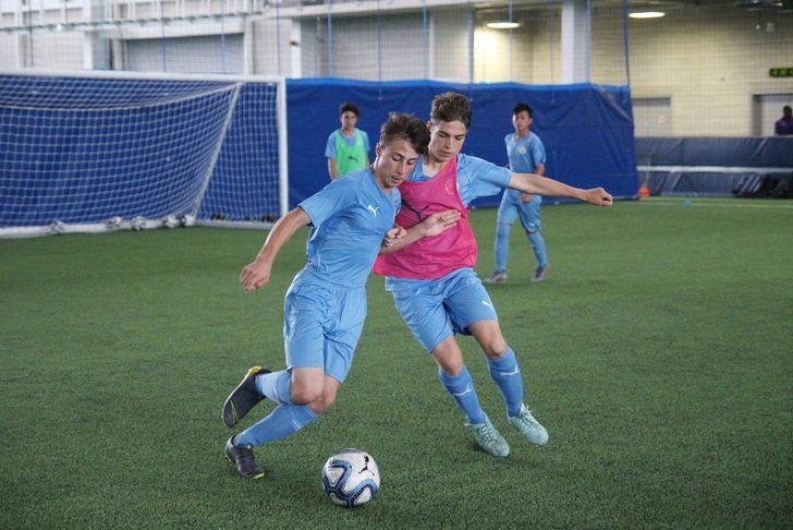 İki Türk genci Manchester City'de