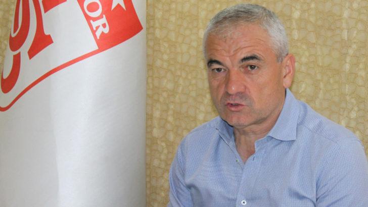 Rıza Çalımbay: VAR'daki hakemler maç yönetmemeli