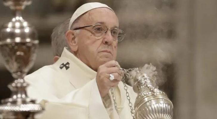 Papa Franciscus'dan İngiltere'ye ültimatom gibi çağrı: 6 ay içinde devret