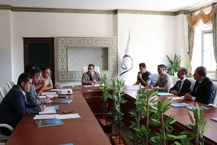 Gürpınar'da bağımlılıkla mücadele koordinasyon toplantısı yapıldı