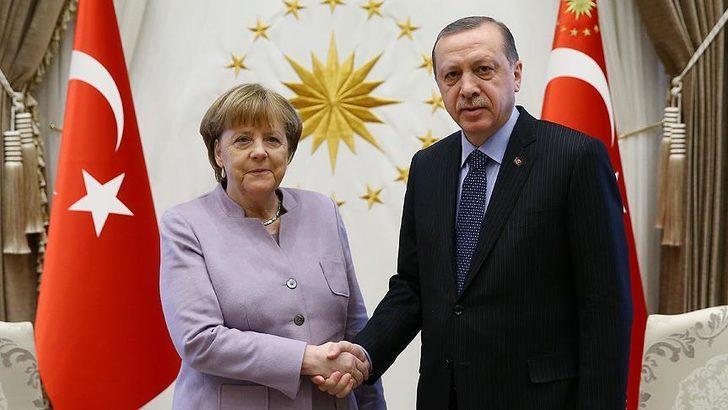 Cumhurbaşkanı Erdoğan, Almanya Başbakanı Merkel ile görüştü!
