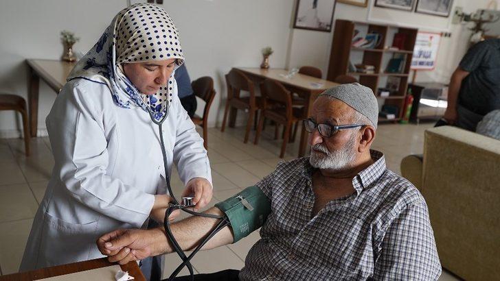 Kahramanmaraş'ta yaşlılara hemşire desteği başladı