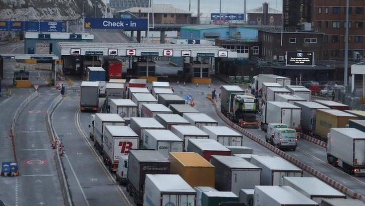İngiliz hükümetinin anlaşmasız Brexit senaryosu: Yükselen gıda fiyatları, sokaklarda protestolar
