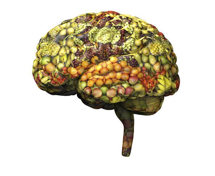 Beyin sağlığını sadece 4 günde elimizden alan besinler
