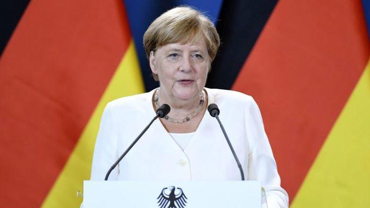 Merkel'den Türkiye'yle Mülteci Anlaşmasını Koruma Çabası
