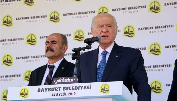 Devlet Bahçeli'den Bülent Arınç'a tepki: Ne yapsa boş!