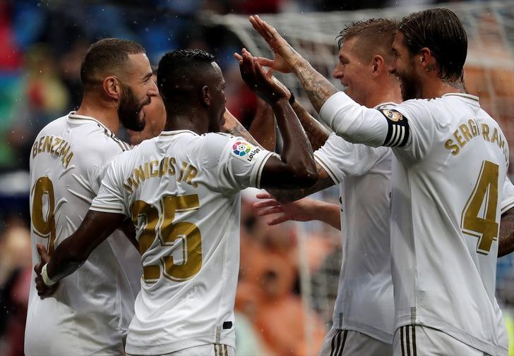 Real Madrid 3 - 2 Levante