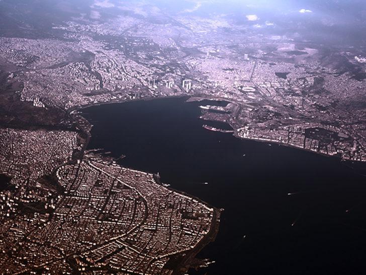 Deprem uzmanı Özmen: Marmara Denizi'ne yakın ilçelerde deprem tehlikesi arttı
