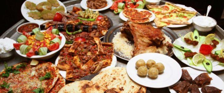 Ali Neden Nazik? Hünkar Neyi Beğendi? Bilinmeyen Hikayeleriyle Türk Yemek İsimlerinin Kökenleri
