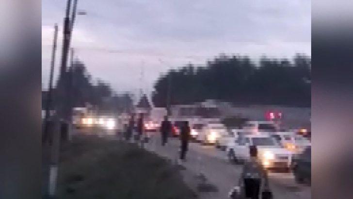 Kazakistan'da tren, yolcu otobüsüne çarptı: 3 ölü, 3 yaralı