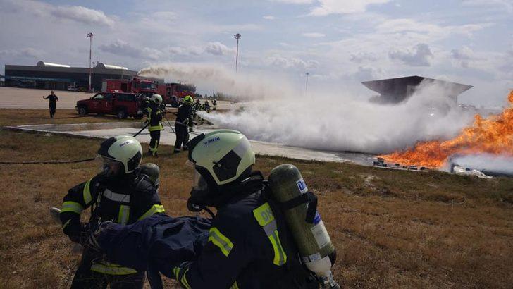 Çorlu Atatürk Havalimanı'nda yangın tatbikatı