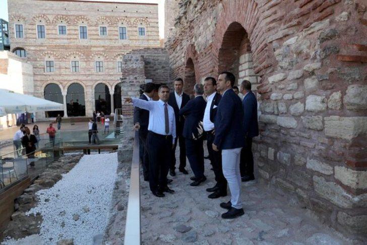 İBB Başkanı Ekrem İmamoğlu tarihi yarımadayı gezdi