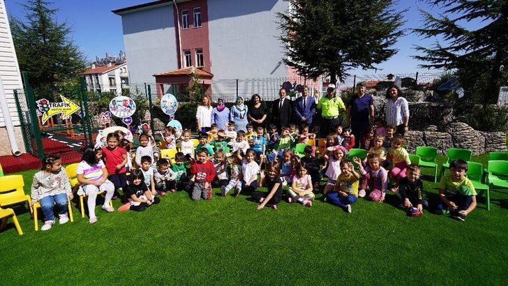 Isparta'da Hareketlilik Haftası'nda anaokulu öğrencilerine trafik bilinçlendirmesi