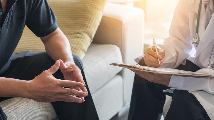 Prostat kanseri tedavisi nasıl olur? Prostat kanseri belirtileri ne zaman ortaya çıkar? Prostat hastalarının iki büyük endişesi robotik yöntemle son buluyor