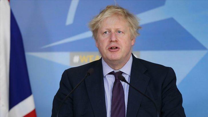 İngiltere Başbakanı Boris Johnson'ın okulların açılmasıyla ilgili kararına öğretmenlerden tepki