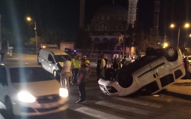 Diyarbakır'da sivil polis aracı kaza yaptı! Yaralılar var