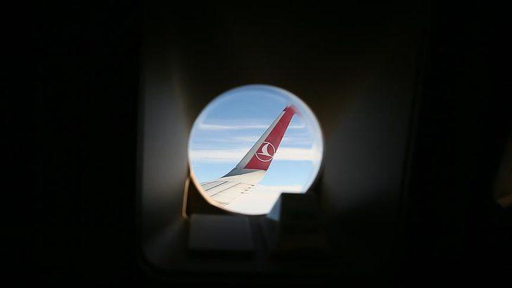 THY'nin kargo markası, uçaklar ile 19 ayda 169 lüks araç taşıdı