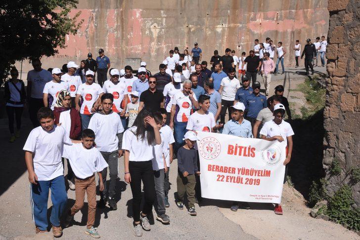 Bitlis'te 'Beraber Yürüyelim' etkinliği