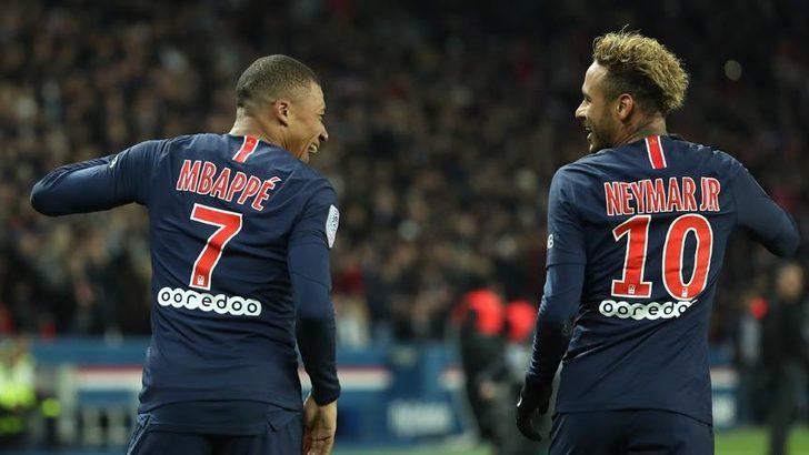 PSG'de sakatlanan Kylian Mbappe, Lens maçında forma giyemeyecek