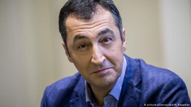 Kretschmann: Cem Özdemir Yeşiller'in başbakan adayı olabilir