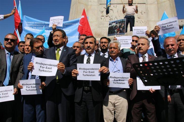 Başkent'te Çin yönetimi protesto edildi