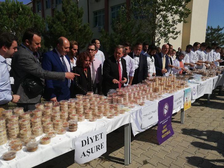 Trakya Üniversitesinden 'diyet, diyabet ve çölyak' hastalarına özel aşure ikramı