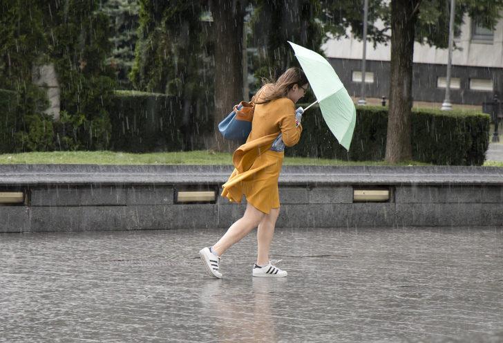 Meteoroloji'den son hava durumu tahminleri (8 Ekim salı kuvvetli yağmur uyarısı)