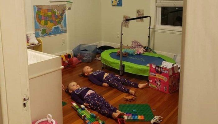 Yaramaz çocukları yüzünden birkaç dakika sessizlik isteyen anne çözümü bakın nasıl buldu?