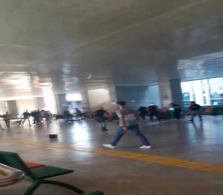 - Anadolu Adalet Sarayı'nın metro çıkışında kavga