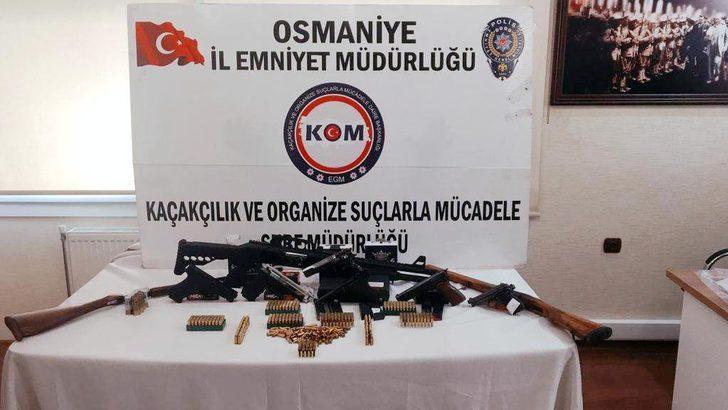 Sebze halindeki kaçak silahlara 5 gözaltı