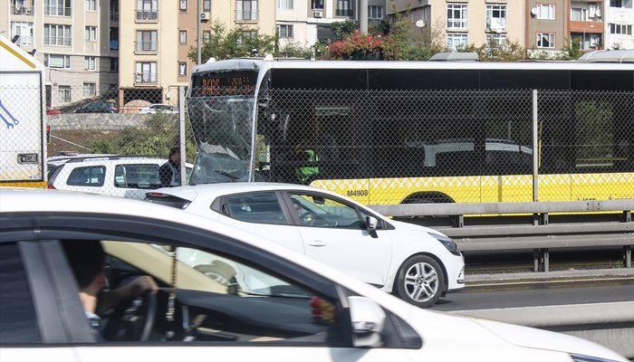 Son dakika! Halıcıoğlu'nda metrobüs kazası! Yaralılar var