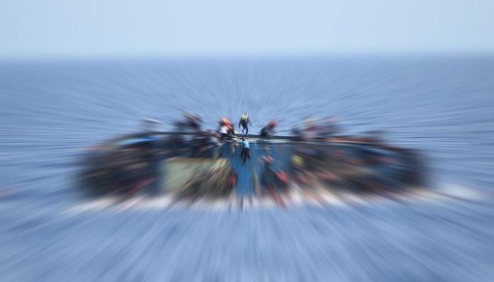 Akdeniz'de göçmenleri taşıyan tekne battı: 13 kişi hayatını kaybetti