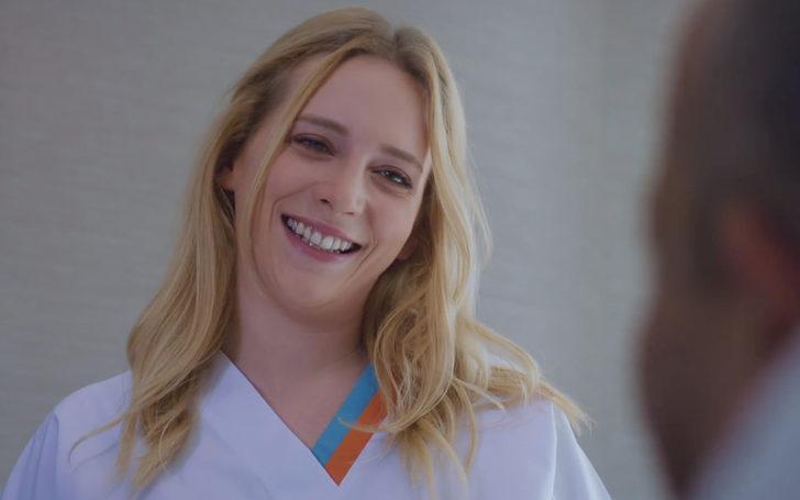 Mucize Doktor'un güzel oyuncusu Hayal Köseoğlu'ndan bikinili poz