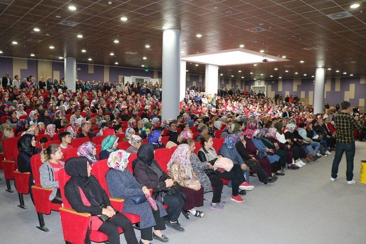 4 bin 400 kişi arasından 445 kişi kura ile belirlendi