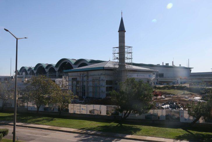 Sabiha Gökçen HavalimanıCamii inşaatında sona doğru