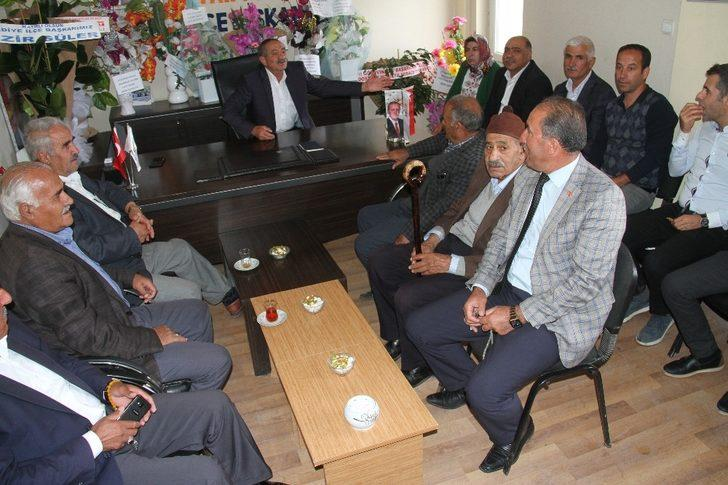 Esnaftan AK Parti İlçe Başkanı Yavrutürk'e ziyaret