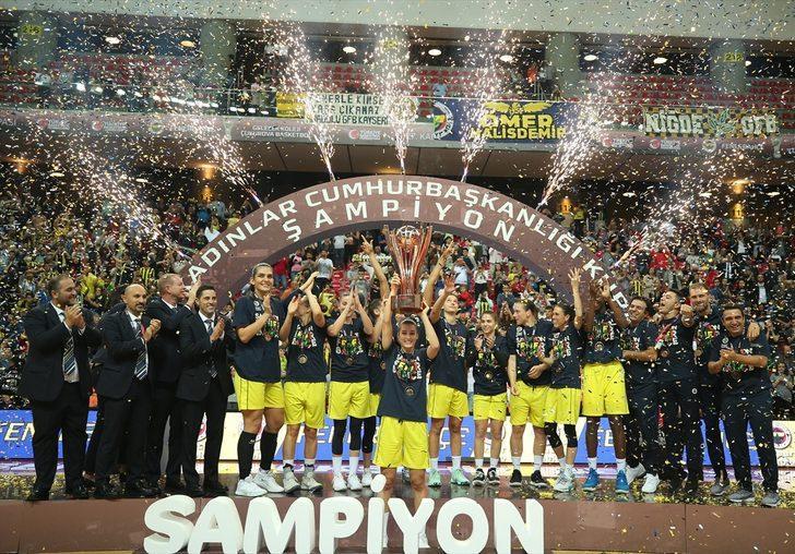 27. Kadınlar Cumhurbaşkanlığı Kupası'nı Fenerbahçe Öznur Kablo'nun