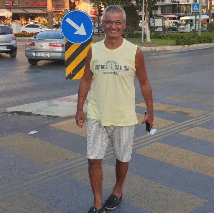 Yolcu otobüsü ile çarpışan otomobilin sürücüsü öldü, eşi yaralı (2)