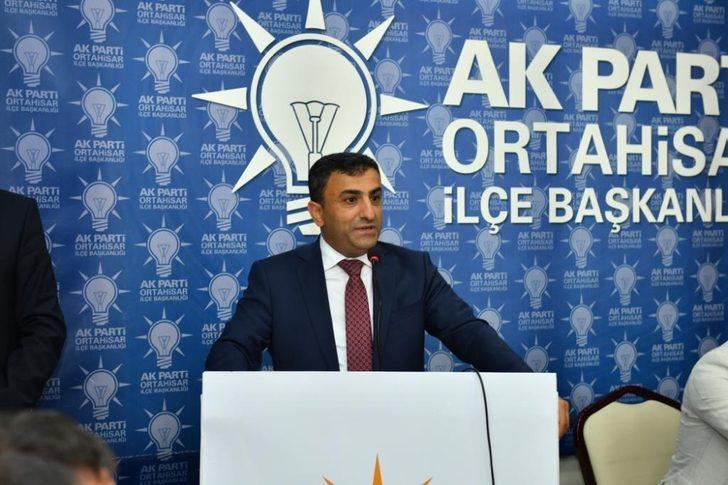 """Altunbaş'tan Barış Pınarı Harekatı açıklaması: """"Terör faaliyetlerinin de ekonomik savaşın da farkındayız"""""""