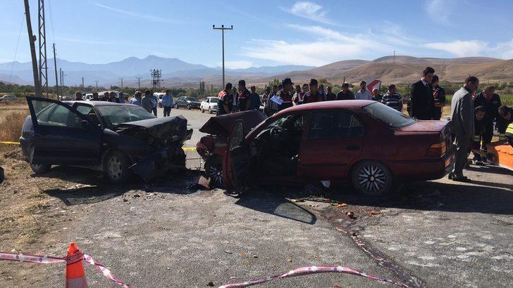 Ereğli'de iki otomobil çarpıştı: 2 ölü, 3 yaralı