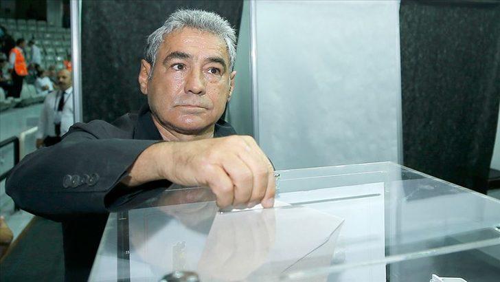 İsmail Ünal, geçici listesini divan kurulu başkanlığına verdi