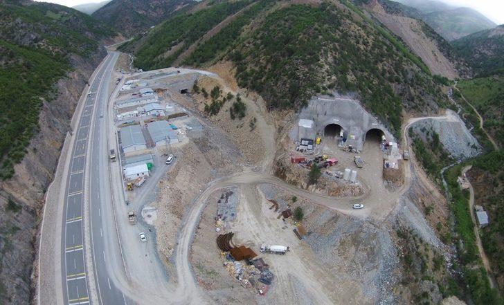 Yeni Zigana Tüneli'nde kazı oranı yüzde 61,5, kaplama betonu imalatı oranı yüzde 35 seviyesine ulaştı